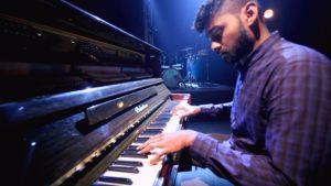 NEERILATHE NAALELLAM | Unplugged | Evg. Premji Ebenezer | Tamil Christian Song