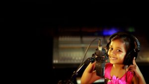 Chinna Manushanukkulla | Gersson Edinbaro | Hephzibah Renjith | New Tamil Christian Song
